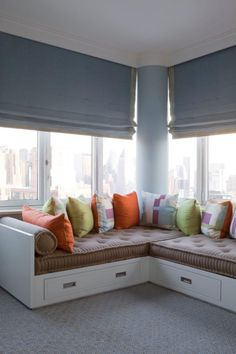 New York City Penthouse Michael Maher Design Corner Twin Beds, Bed In Corner, Corner Unit, Sofa Design, Furniture Design, Design Design, Furniture Ideas, Design City, Couch Furniture