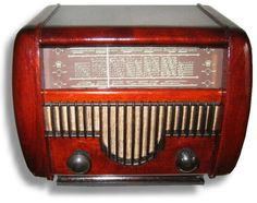 1951 Hungarian Wood Orion Model Tube Radio