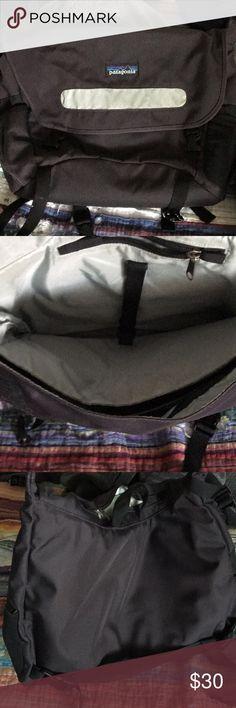 Patagonia messenger bag Purple/grey Patagonia messenger bag. Patagonia Bags Crossbody Bags