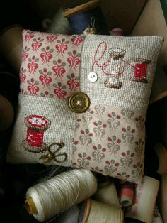 Finish idea for small Christmas cross stitch patterns