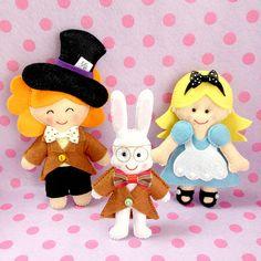 Chapeleiro,Coelho e a Alice.