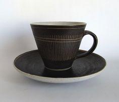 ofvessels:  Lucie Rie & Hans Coper / CupSaucer /掻き落とし - organ-online.com