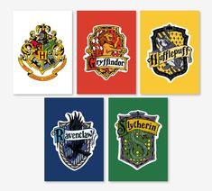 """Packs de 5 Cartes Harry Potter """"Maisons de Poudlard"""" : Logo de Poudlard, Gryffondor, Poufsouffle, Serdaigle et Serpentard."""