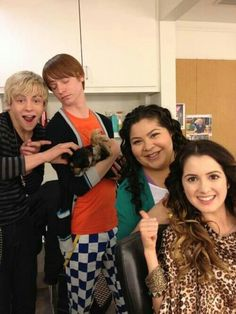 OMG WE ARE RENEWED FOR A SEASON 4!!! AUSTIN AND ALLY!!!