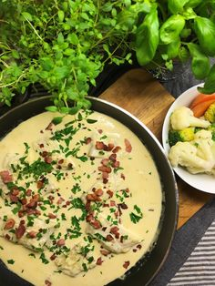 Fish Recipes, Seafood Recipes, Keto Recipes, Recipies, Fish And Seafood, Lchf, Cheeseburger Chowder, Bacon, Food And Drink