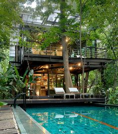 Make an extraordinary impact with these abstract yet dramatic swimming pool designs - Hike n Dip Thai House, Tropical Houses, Tropical House Design, House Goals, Pool Designs, Modern House Design, Cool House Designs, Home Design, Home Fashion
