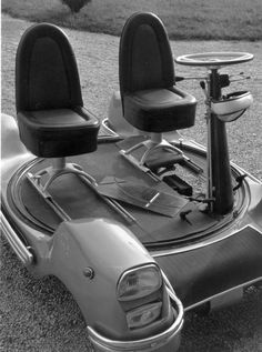 The Urbania, the world's smallest working car, invented by Marquis Piero Bargagli of Poggio Adorno to solve the problem of limited parking space. December 1964