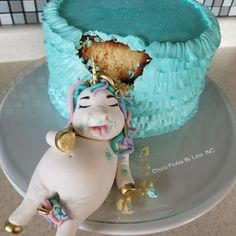 Fat unicorn cakes