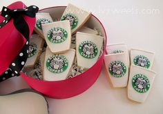 Such cute Starbucks Sugar Cookies!