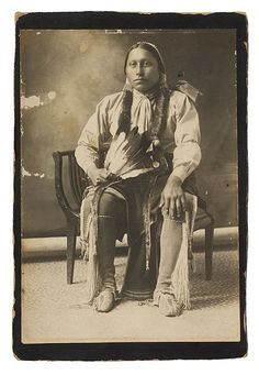 A Comanche man – No name or location. Native American Church, Native American Pictures, Native American Beauty, Native American Tribes, Native American History, American Symbols, Indian Tribes, Native Indian, American Women