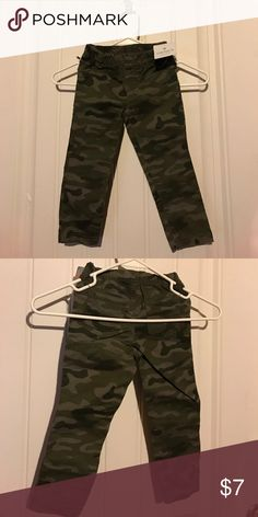 Carter's camo print pants size 2T NWT Brand new never worn camo print pants from carters. Size 2T Carter's Bottoms Casual