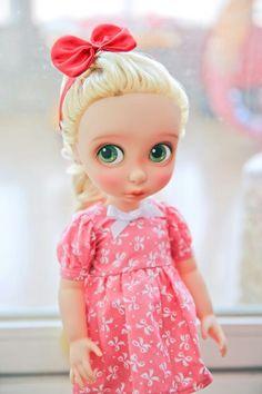 Would need modified sleeve pattern. Disney Toddler Dolls, Disney Princess Dolls, Disney Dolls, Cute Disney, Baby Disney, Pretty Dolls, Beautiful Dolls, Newberry Dolls, Disney Animators Collection Dolls