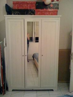 se vende armario con puertas blanco ikea segunda mano serie aspelund madrid