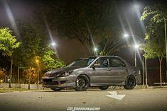 Mitsubishi Cars, Mitsubishi Lancer, Lancer Cedia, Lancer Es, Evo, Garage, Autos, Carport Garage, Garages
