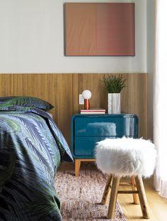 Modernidad BRASILEÑA Interior Exterior, Interior Design, Building A House, Ottoman, Chair, Bedroom, Furniture, Home Decor, Houses