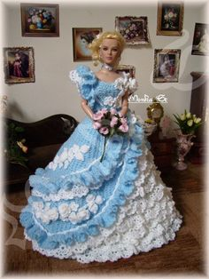 My crochet gown for tonner dolls - Monika St - Веб-альбомы Picasa