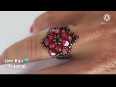 YouTube Anel Tutorial, Beaded Rings, Bead Patterns, Brooch, Beads, Floral, Flowers, Youtube, Jewelry