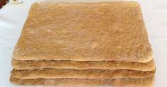 Foi cu miere de albine La orice prajitura, partea cea mai anevoioasa, partea care ne ia cel mai mult timp, sunt foile sau blatul. ...