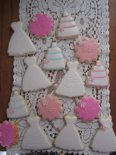 bridal shower cookies  easiest enough for me to do myself!
