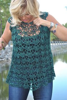 Fabulous Crochet a Little Black Crochet Dress Ideas. Georgeous Crochet a Little Black Crochet Dress Ideas. Chat Crochet, Pull Crochet, Mode Crochet, Crochet Shirt, Crochet Lace, Crochet Stitches, Irish Crochet, Crotchet, Easy Crochet