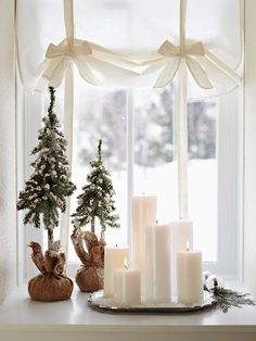 Love the white candles!