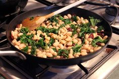 Warm White Bean and Kale Salad with Dried Cranberries and Cashews - step 3