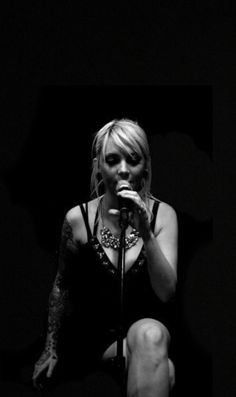 Maria Brink - In this Moment Nu Metal, Metal Girl, Black Metal, Rock Music, My Music, Maria Brink, Rock Queen, Women Of Rock, Rocker Girl