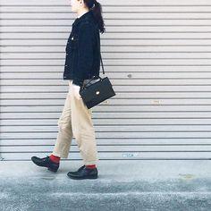 . 今日はぽかぽか陽気 Mimiのバッグをお迎えしました 鞄ひとつでぐっと引き締まります 春はレディライクな格好に挑戦してみよう . #muji #uniqlo #yaeca #mimiberry #ru_shoes by __784__