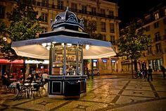 Kiosk Store, Mall Kiosk, Bude, Halle, Mall Design, Cafe Shop, Shopping Malls, Shops, What A Wonderful World