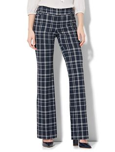 Shop 7th Avenue Pant - Bootcut - Signature - Plaid. Find your perfect size online at the best price at New York