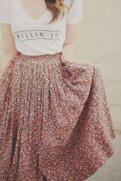 Awesome 48 Awesome Long Skirt Ideas Suitable For Spring. More at https://simple2wear.com/2018/03/21/48-awesome-long-skirt-ideas-suitable-for-spring/