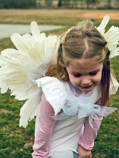 How to Make Feathered Angel or Fairy Wings: http://www.hgtv.com/handmade/how-to-make-feathered-angel-or-fairy-wings/index.html?soc=pinterest