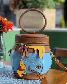 Cute Mini Backpacks, Stylish Backpacks, Cute Disney, Disney Style, Accesorios Casual, Unique Bags, Disney Merchandise, Cute Purses, Girls Bags