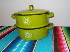 Vintage yellow enamelware double boiler VINTAGE ENAMEL POTS AND