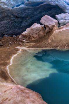 hike to see a glacier lake in garibaldi provincial park, british columbia, canada