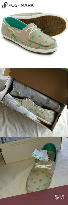 NWT Sanuk Boat Shoes - Tan and Green - Size 11 Womens Sanuk Boat Shoes. These shoes are new in the box!! They are the most adorable tan boat shoes with green palm tree designs on them! Perfect for a boat ride or walking along the beach! These shoes are still stuffed with paper and ready for use! Please comment with any questions! Thank you so much for viewing!! Sanuk Shoes Flats & Loafers