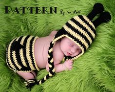 Lazy Bee Hat and Diaper Cover Set Crochet