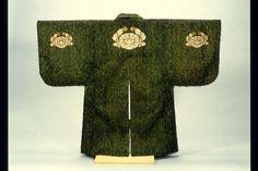 陣羽織 留め具 - Google 検索 Samurai Clothing, Japan Design, Traditional Japanese, Yahoo, Cold Shoulder Dress, Vest, Antiques, Google, Vintage