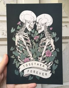 Together forever (black background) Skeleton Love, Skeleton Art, Art Sketches, Art Drawings, Gothic Fantasy Art, Creepy Cute, Together Forever, Dope Art, Skull And Bones