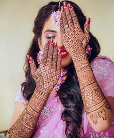 Originating from the Indian subcontinent, mehndi is form of body art that is adorned by brides throughout the country. From floral jaals to stunning vines, Dulhan Mehndi Designs, Mehandi Designs, Finger Mehendi Designs, Engagement Mehndi Designs, Stylish Mehndi Designs, Wedding Mehndi Designs, Beautiful Henna Designs, Latest Mehndi Designs, Mehndi Designs For Hands