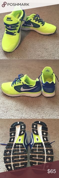 Nike Vomero 8 MEN'S Nike Vomero 8. Excellent condition. Size 8.5 Nike Shoes Athletic Shoes