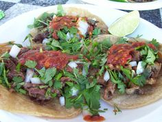 Salsa roja de tres chiles para tacos (three chile red salsa for tacos) recipe