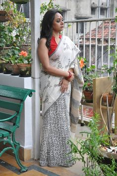 Hand Block Printed Cotton Sarees With Blouse by Sourgrape's Online - Online shopping for Sarees on MyShopPrime - Blouse Patterns, Saree Blouse Designs, Byloom Sarees, Black And White Saree, Formal Saree, Modern Saree, Simple Sarees, Saree Models, Saree Styles