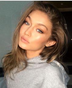 Gigi Hadid makeup, Patrick Ta makeup