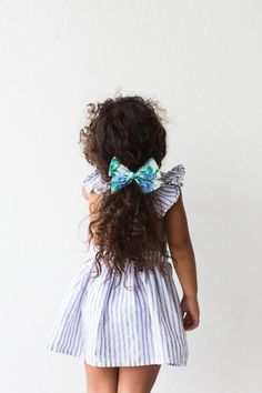 Oversized Pinwheel // Periwinkle Fields - Wunderkin Co. Handmade hair bows for your baby, toddler, or little girl and her free spirited style. Each of our bows in handmade with love in the USA and guaranteed for life. The perfect hair accessory to your little girls one of curious and confident fashion. Little Girl Fashion, Kids Fashion, Little Girl Hairstyles, Toddler Hairstyles, Bohemian Girls, Handmade Hair Bows, Kid Styles, Girls Accessories, Hair Today