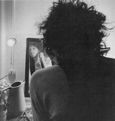 Shaving on the Rolling Thunder Tour 75