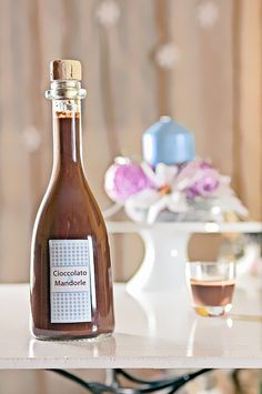 Liquore cremoso al cioccolato e latte di mandorla by Azabel, via Flickr