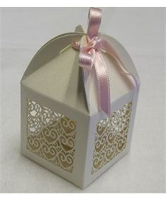 Wedding Favours ♥ Favour Boxes, Wedding Favor Boxes, Gift Boxes, Wedding Present Ideas, Wedding Gifts, Perfect Wedding, Dream Wedding, Wedding Day, Pearl And Lace