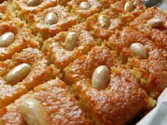 Indulge with 10 Middle Eastern Ramadan desserts - Al Arabiya English Ramadan Desserts, Greek Desserts, Greek Recipes, Arabic Dessert, Arabic Sweets, Dessert Arabe, Dessert Names, Types Of Cakes, Sweets Cake