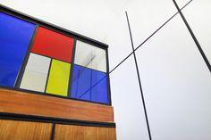 Back to basics  interior design , mondrian inspiration